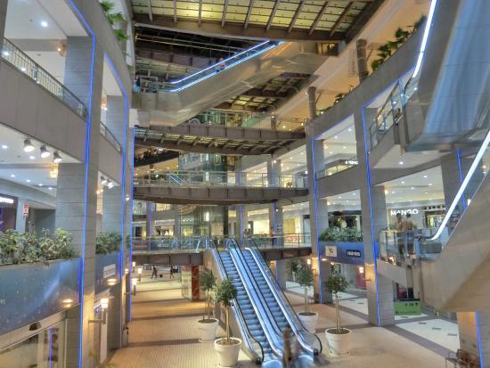 Centro comercial aqua-multiespacio