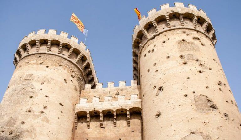 Las Torres de Quart de Valencia: puertas de la cal