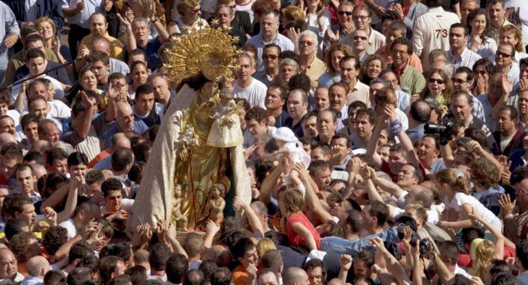 Virgen de los Desamparados: pasión por la Geperudeta